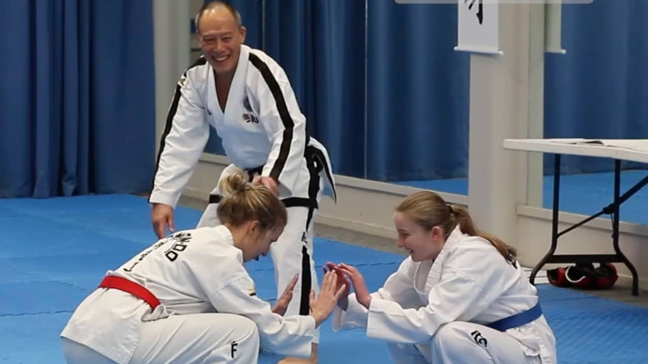 instructors-induction-course-squat-balance-game